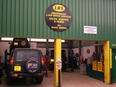 Land rover services independant landrover garage in hull for Land rover garage